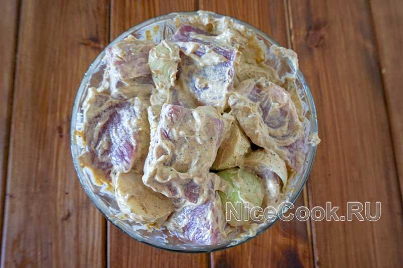 Шашлык из свинины в маринаде с майонезом - маринуем мясо