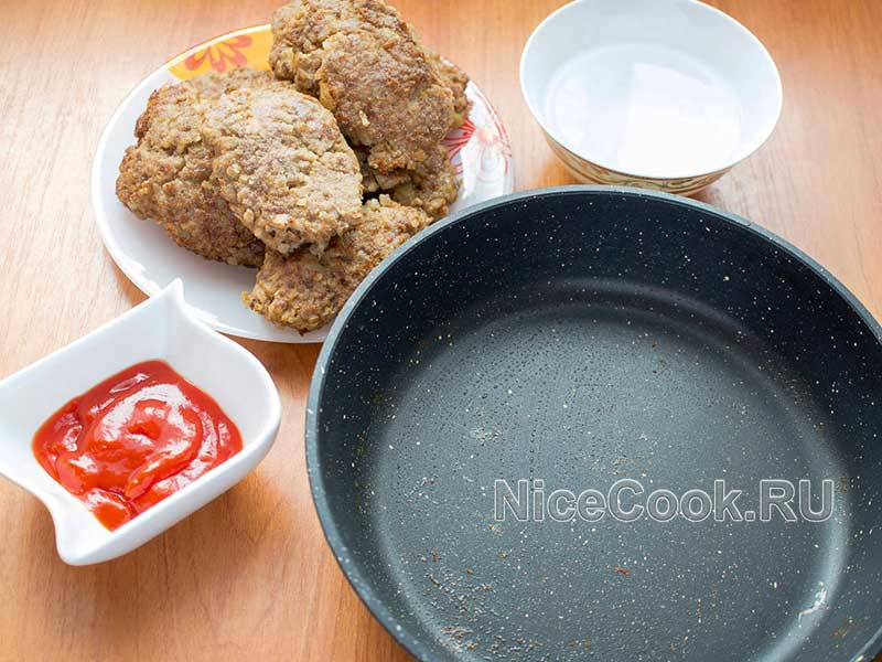 Котлеты из гречки с говяжьим фаршем - готовим соус